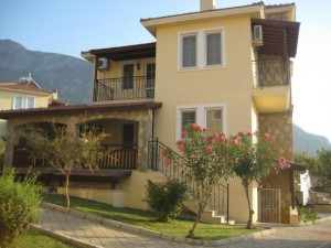A four bedroom villa with established rentals record on a popular complex in the hilltop village of Ovacik. £139,000