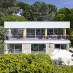 The property at Biot offers real home comforts in a modern setting